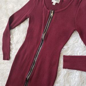 Dresses & Skirts - Burgundy zipper sweater dress